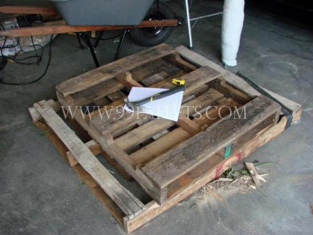 DIY Pallet Wood Low Cost Coffin