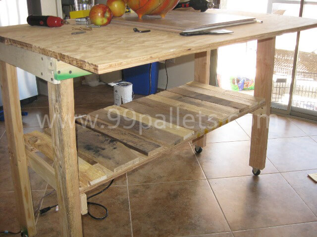 Diy pallet island kitchen table 99 pallets for How to make a pallet kitchen table