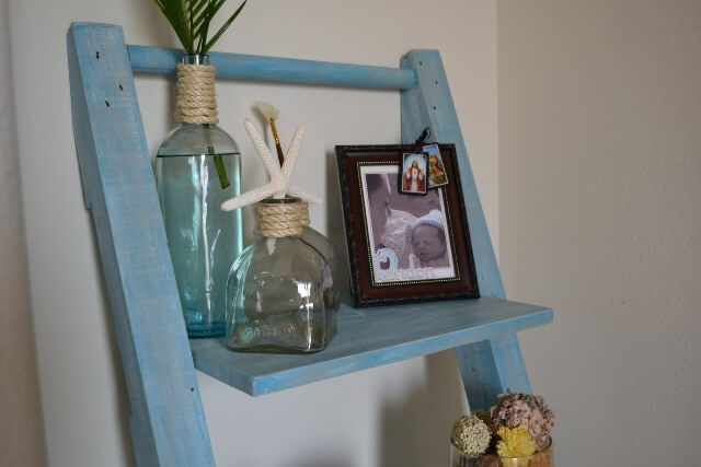 Make Your Own Leaning Shelf From Pallets 99 Pallets