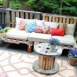 DIY Pallet Wood Outdoor Sofa