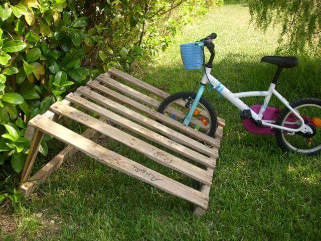pallet bicycle rack