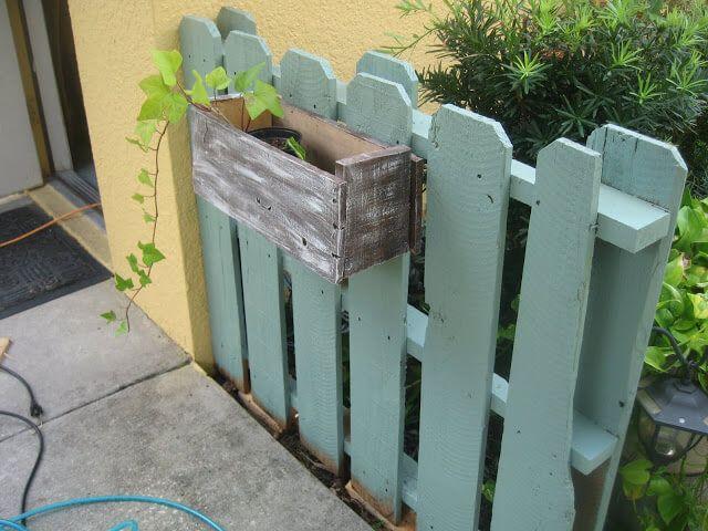 Pallet Fence Construction Plans