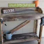 Great Use of DIY Pallet Potting Bench in Home