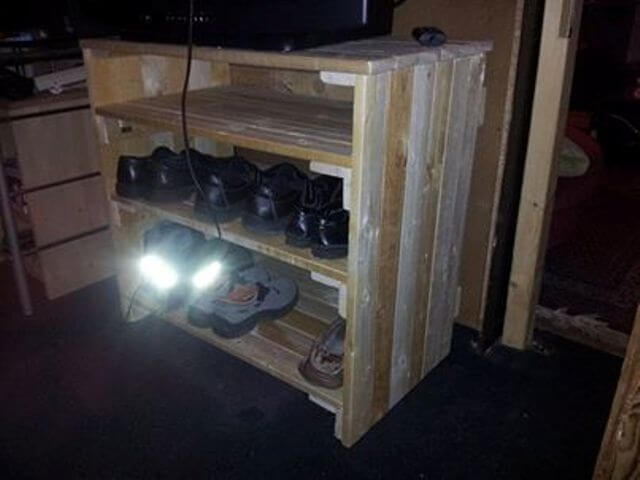 pallet shoe rack from wooden pallet