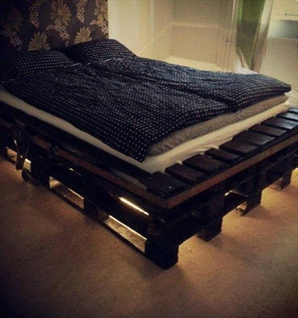 diy pallet bed frame with lights