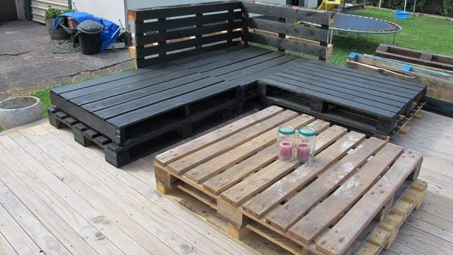 Wood Pallet Deck Furniture Sofa And Table 99 Pallets
