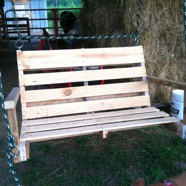 Window box planter pallet porch swing diy simple wood for Easy porch swing