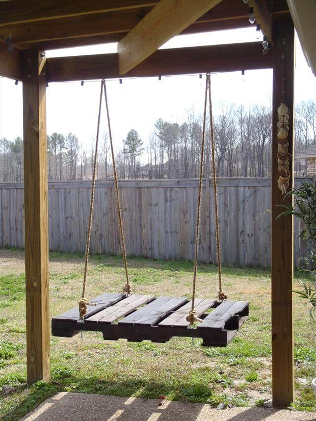 40 diy pallet swing ideas 99 pallets. Black Bedroom Furniture Sets. Home Design Ideas