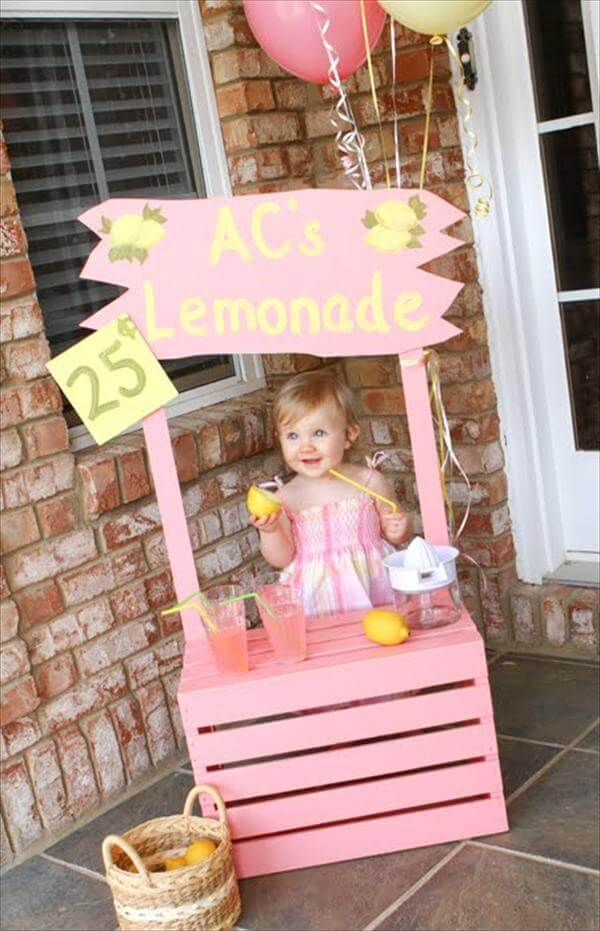 Pallet Lemonade Table
