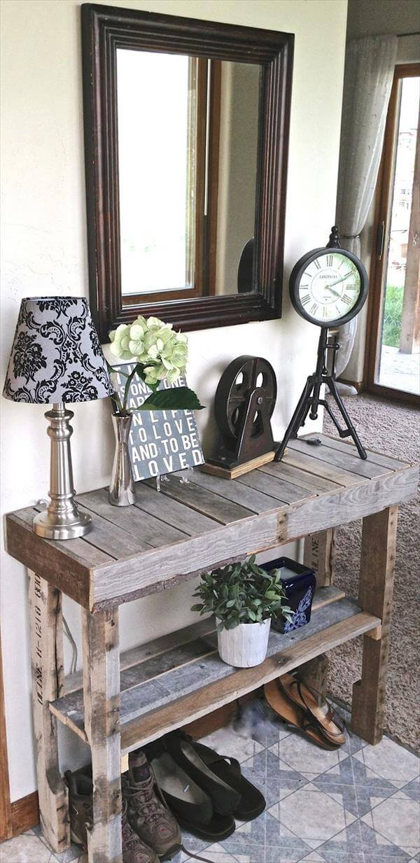 diy pallet desk idea
