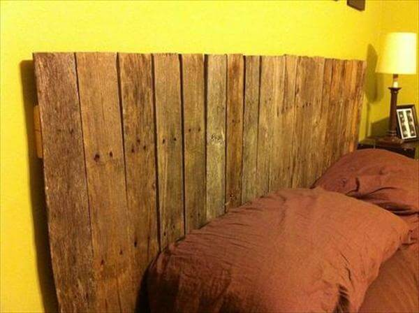bed headboard out of pallets