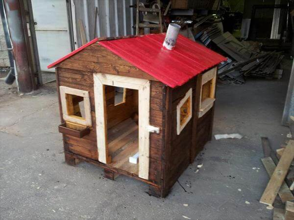 step 7 for pallet playhouse