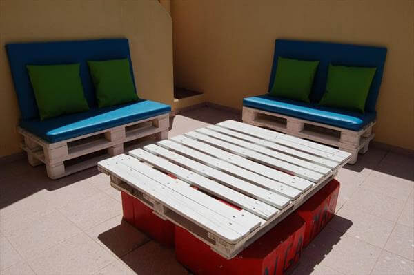pallet coffee table and benches