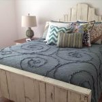 9 DIY Easy Wooden Pallet Bed Ideas