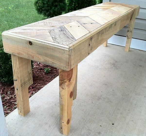 DIY Chevron Pallet Bench | 99 Pallets
