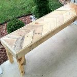 DIY Chevron Pallet Bench
