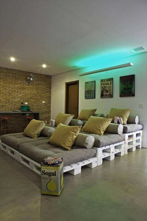 reclaimed pallet home theater