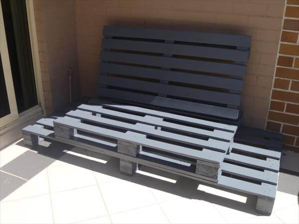 pallet sofa is ready