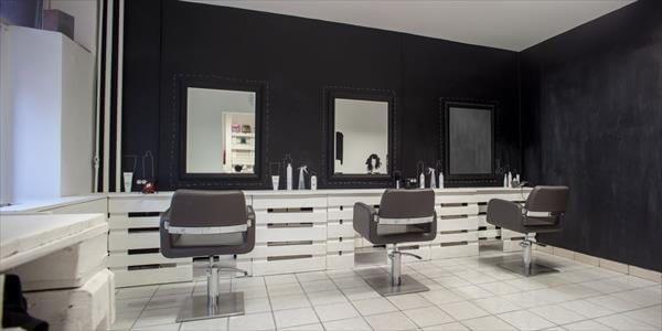 repurposed pallet renovated hair shop