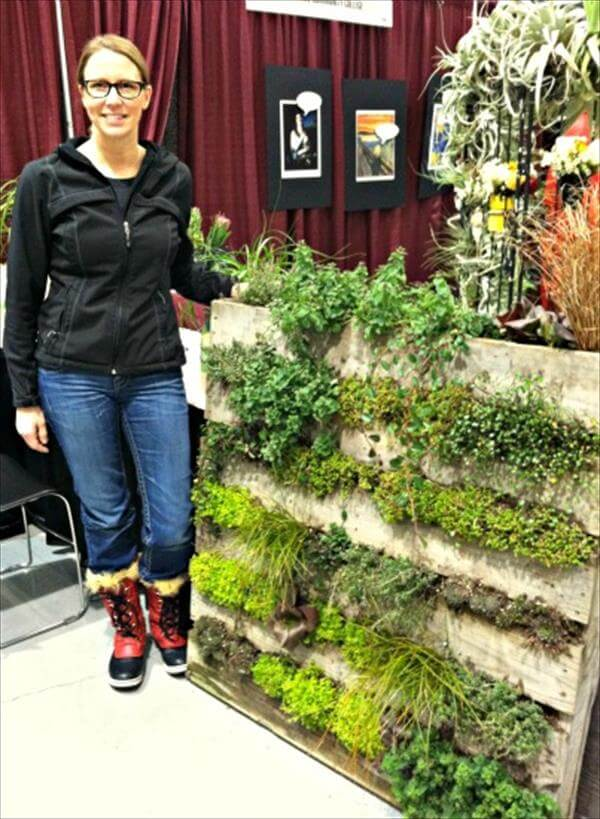 Creating a pallet garden step by step instructions don for How to make a vertical garden using pallets