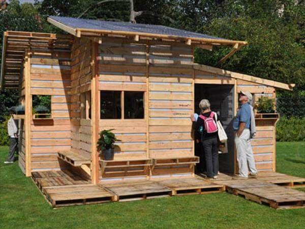 repurposed pallet house
