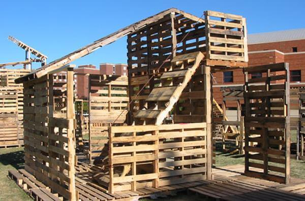 construction of pallet house