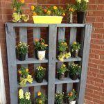 5 DIY Vertical Pallet Planters