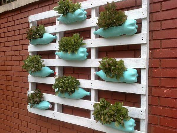 upcycled pallet wall planter