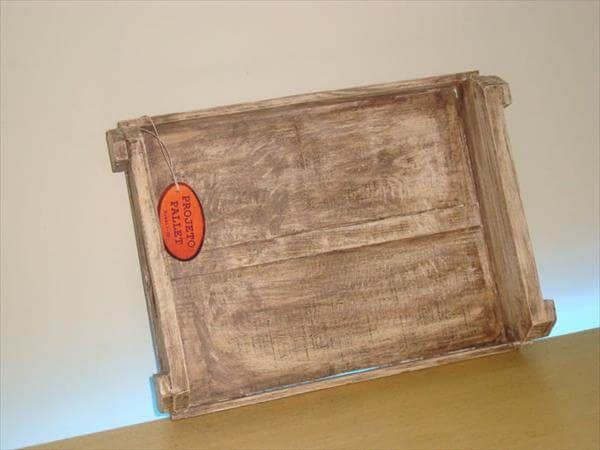 reclaimed pallet tray