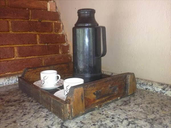 reestablished pallet tray