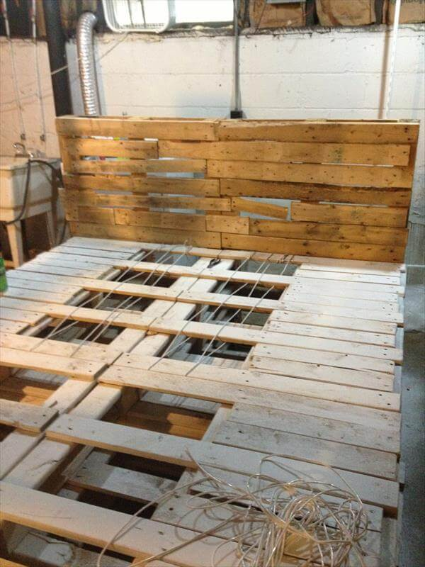 how to make a king size platform bed with pallets | Online Woodworking ...