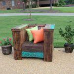 DIY Outdoor Pallet Chair