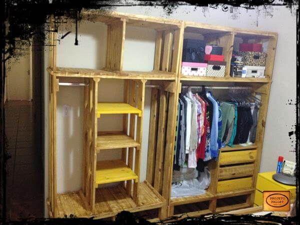 repurposed pallet closet