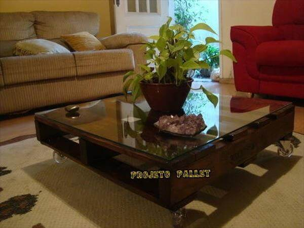 Diy Pallet Coffee Table With Glass Top Pallets