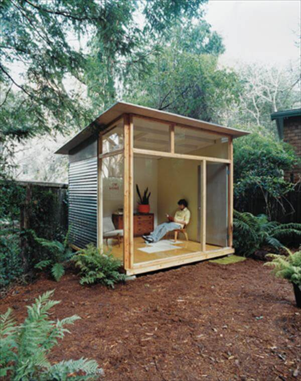 recycled pallet shed