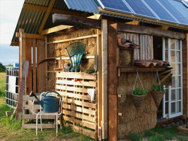 upcycled pallet shed