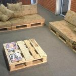 DIY Pallet Sofa with Table