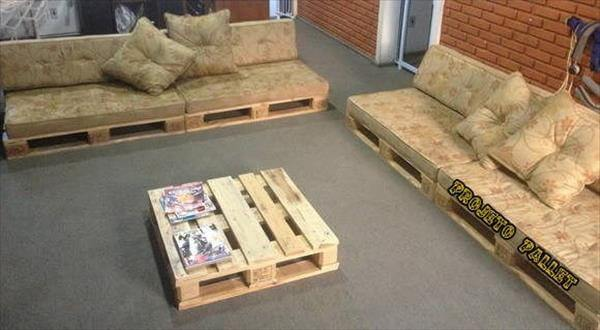 Diy pallet sofa with table 99 pallets for Sofa table made from pallets