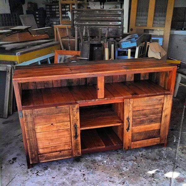 Pallet TV Console Table