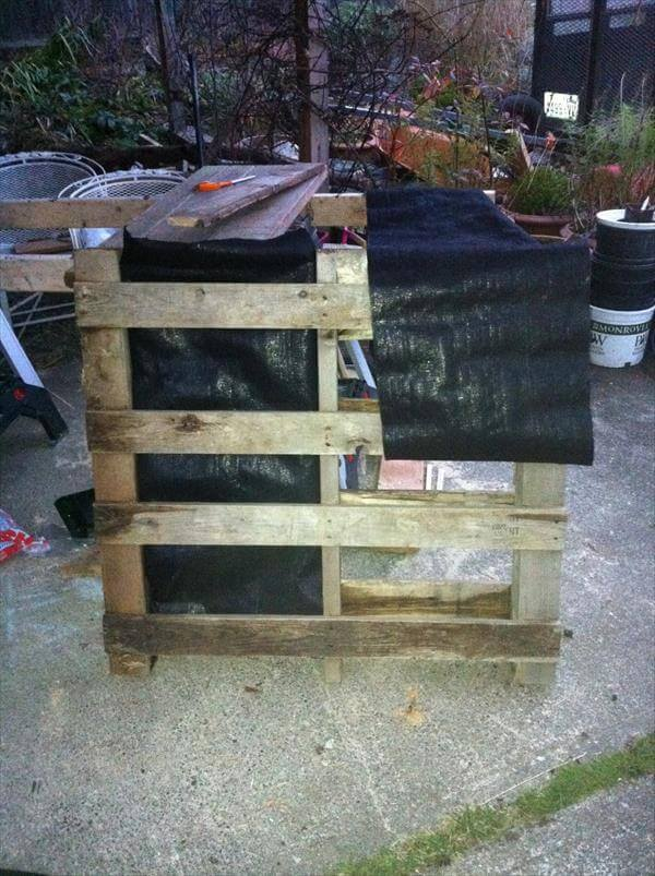 addition of plastic sheet to the pallet
