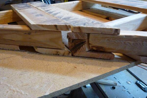 cutting of pallet skid diagonally
