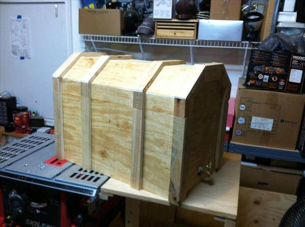 treasure box pallet cooler