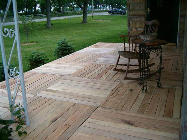 upcycled pallet front porch floor