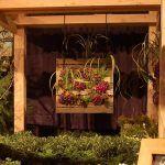 Build a Easy Wood Pallet Vertical Garden