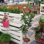 Best DIY Pallet Wood Vertical Planter