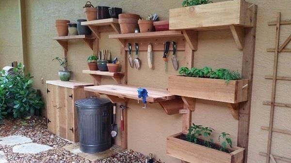 diy pallet garden tool station