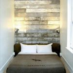 DIY Pallet Wall Headboard Tutorial