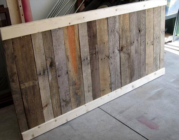 Diy pallet headboard before and after 99 pallets for How to make a headboard out of pallets