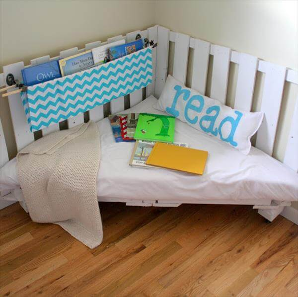 repurposed pallet sectional chair