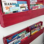 DIY Wooden Pallet Bookshelves Tutorial